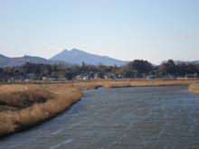石岡の原風景。恋瀬川より筑波山を望む。